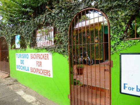 Der Eingang zum Nicaragua Guest House in Managua