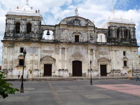 Die große Kathedrale von Leon, die Basilica de la Asunción