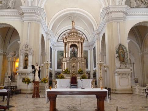 Innenansicht der Basilica de la Asunción