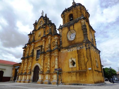 Die Kirche La Merced in León