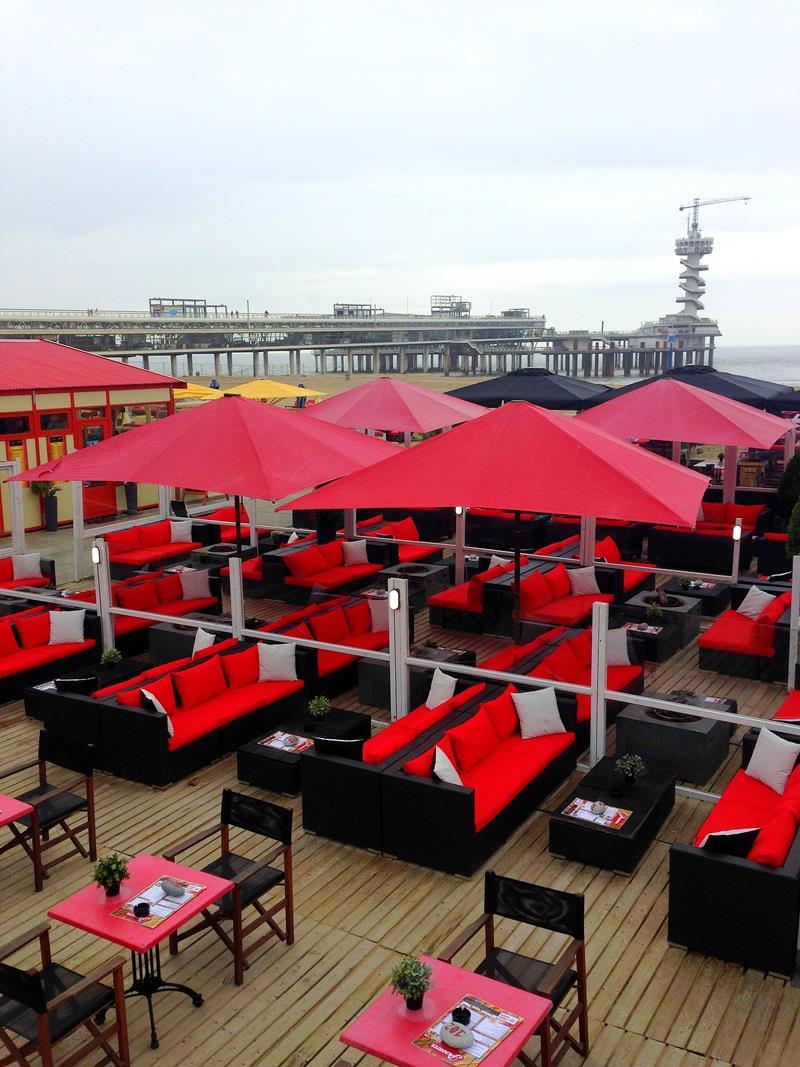 Unzählige Beach Bars und Strandcafes in Scheveningen