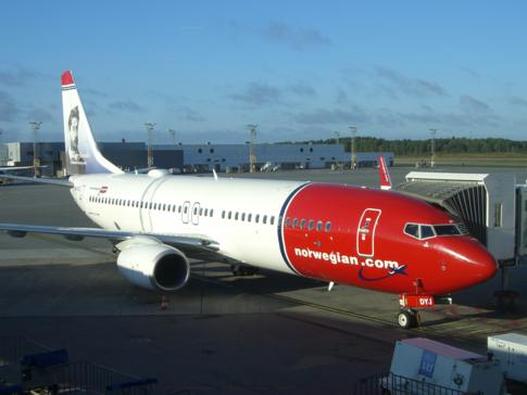 Ein Flugzeug der aufstrebenden Fluggesellschaft Norwegian
