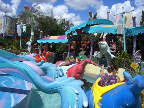 Passend zu einem Theme Park: One Fish, Two Fish, Red Fish, Blue Fish im Islands of Adventure