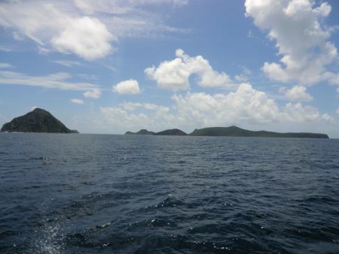 Blick auf Ronde Island und Co.: eine Inselgruppe zwischen Grenada und Carriacou