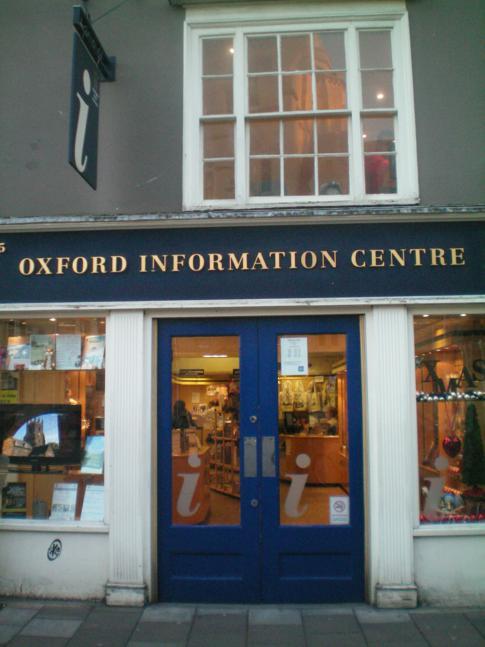 Die Touristinformation in Oxford - Start- und Zielpunkt der Stadtführung