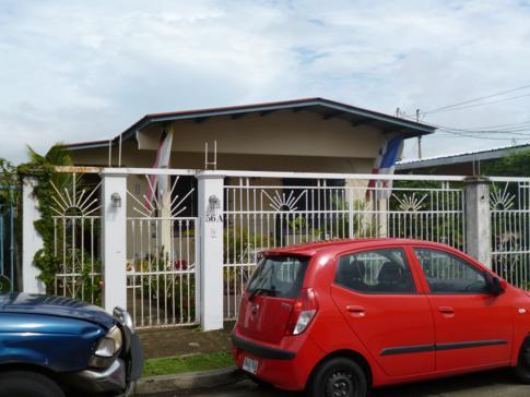Außenansicht des Hostal Aleman in Panama City