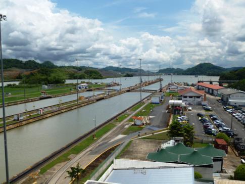 Die Miraflores-Schleusen des Panamakanal bei Panama City