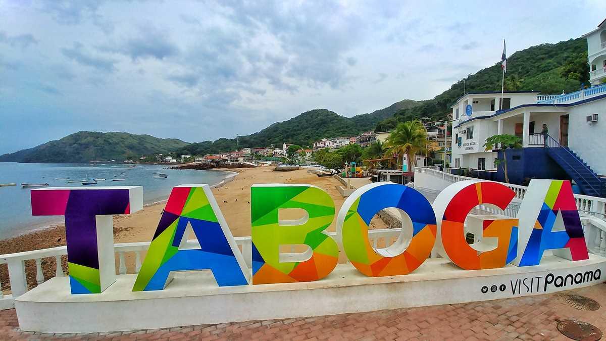 Die kleine Insel Taboga Island vor der Küste von Panama-Stadt