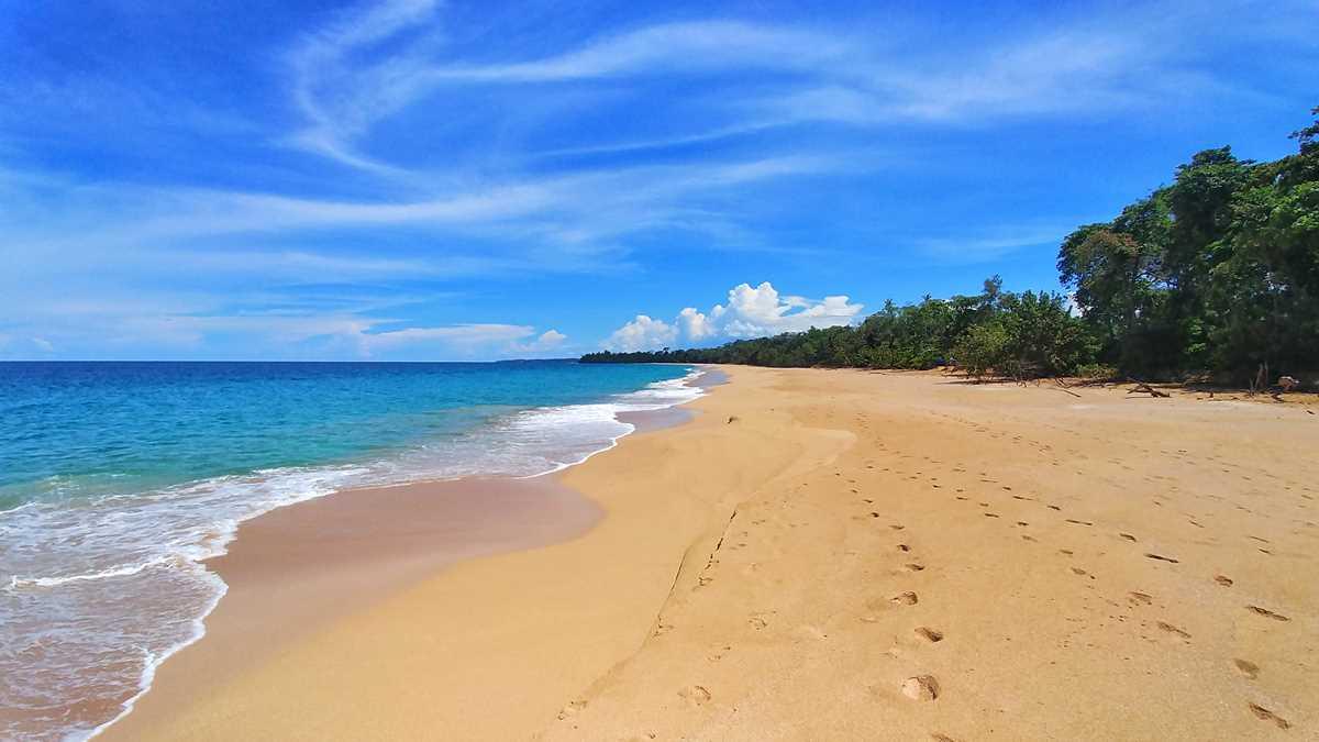 Der Playa Bluff auf der Isla Colon, einer der schönsten Strände auf dem Bocas dem Toro Archipel