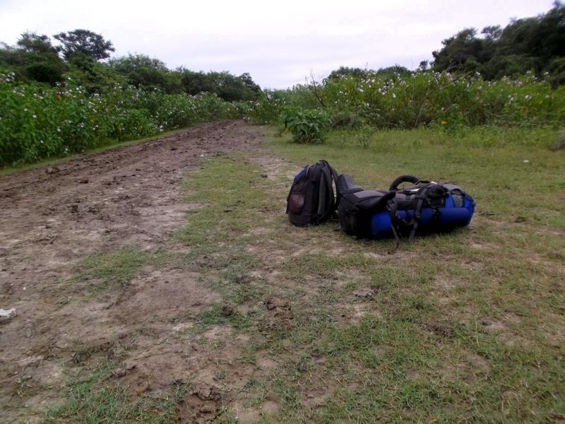 Erfolgloses Trampen - aus Bahia Negra gibt es auf dem Landweg kein Entkommen