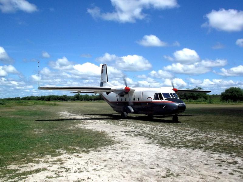 Der Flugplatz von Bahia Negra im Norden von Paraguay - eine Graspiste