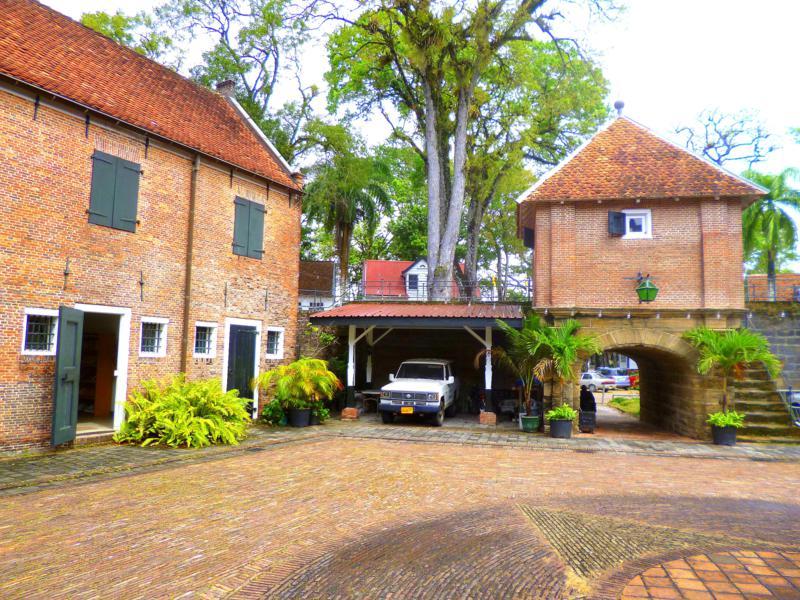 Das Fort Zeelandia - ehemalige Festungsanlage in Paramaribo