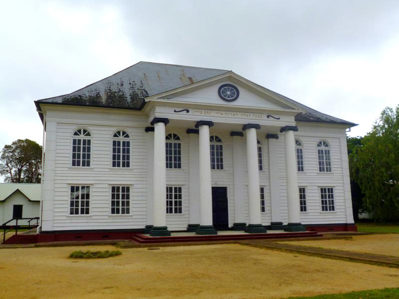 Die Neveh Shalom Synagoge in Paramaribo