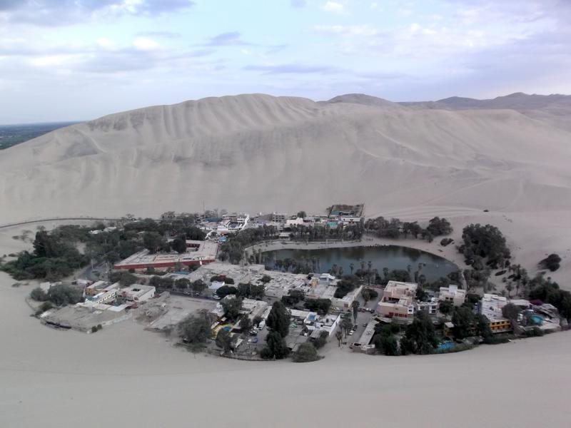Huacachina, eine Wüstenoase nahe Ica