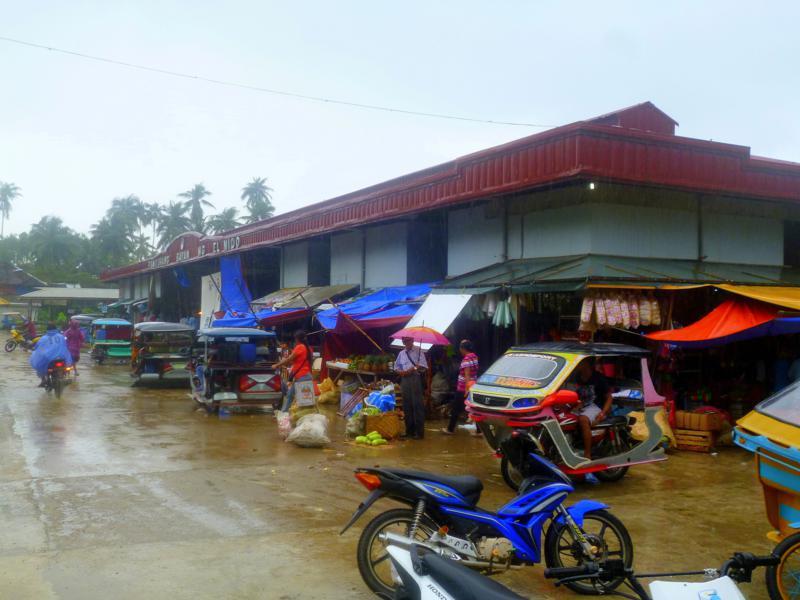 Der Markt von El Nido auf Palawan
