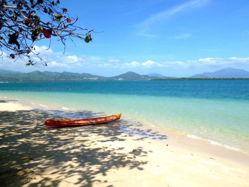 Die paradiesische Insel Cowrie Island in der Honda Bay bei Puerto Princesa