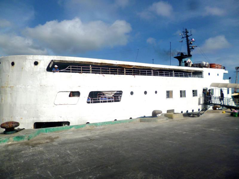 Das Fährschiff von Milagrosa Shipping für die Fahrt von Puerto Princesa nach Iloilo