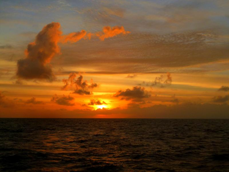 Sonnenuntergang auf der Fähre nach Iloilo