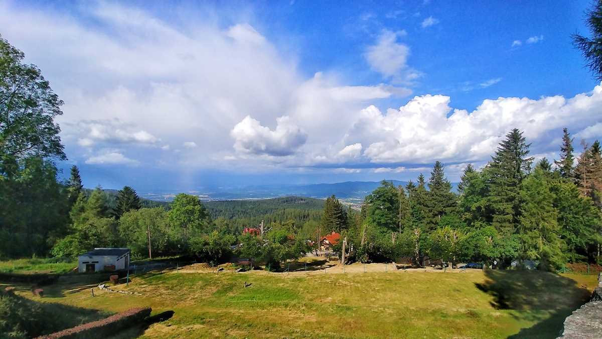 Das beliebte Örtchen Karpacz im polnischen Riesengebirge