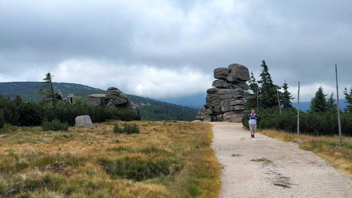 Grenz-Wanderweg im Riesengebirge zwischen Polen und der Tschechischen Republik