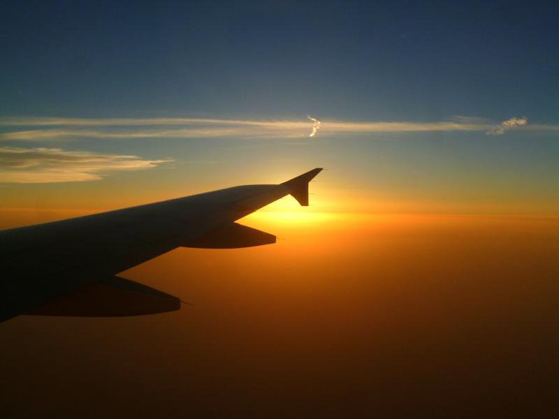 Sonnenuntergang auf dem Flug mit Qatar Airways nach Doha