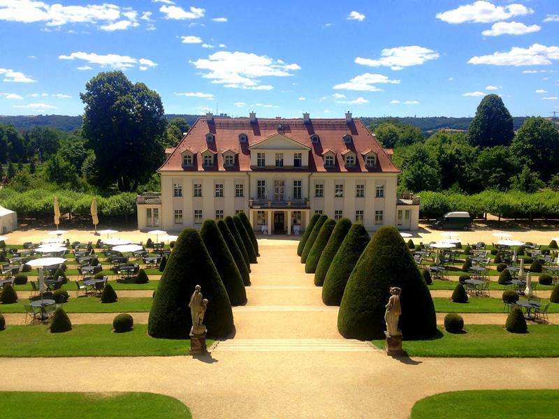 Das wunderschöne Schloss Wackerbarth in Radebeul in der Umgebung von Dresden