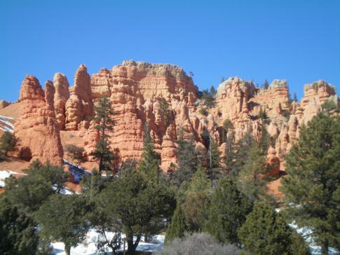 Der Red Canyon zwischen Panguitch und Bryce Canyon in Utah