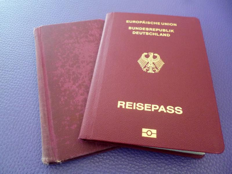 Reisepass - eines der wichtigsten Reiseutensilien