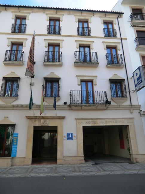Die Außenansicht des Hotel Maestranza in Ronda