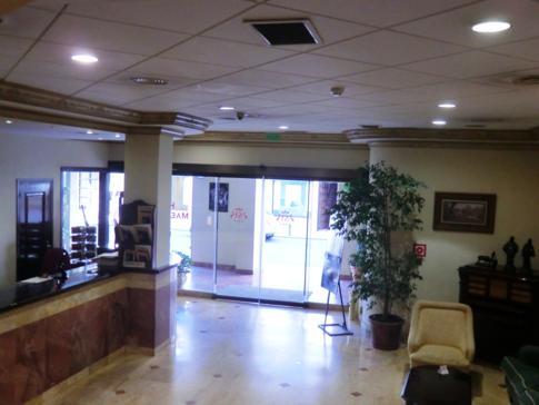 Lobby und Rezeption des Hotel Maestranza in Ronda