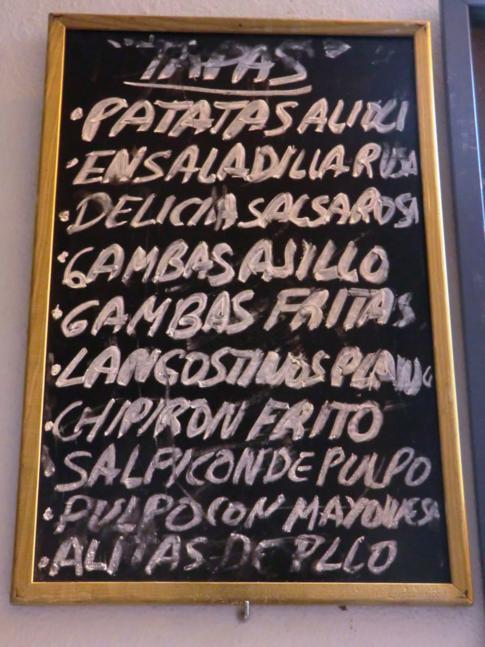 Eines der zahlreichen Tapas-Menüs in der Altstadt von Ronda