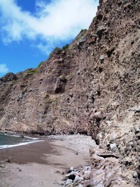 Der einzige Strand von Saba: die Wells Bay