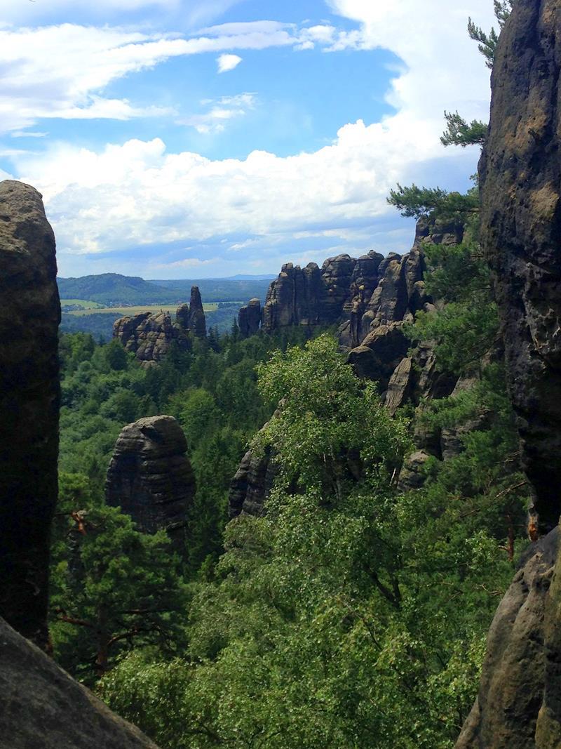 Der Weg durch den Nationalpark Sächsische Schweiz vom Carolafelsen zur Schrammsteinaussicht