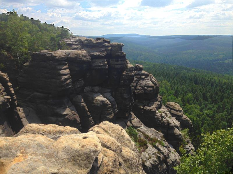 Spannende Felsformationen gibt es auch am Pfaffenstein zu bewundern