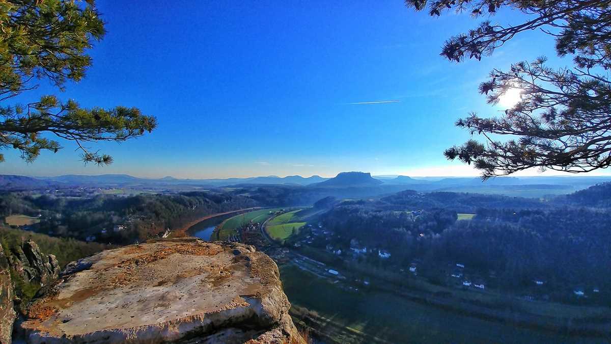 Der spektakuläre Ausblick von der Bastei auf das Elbtal