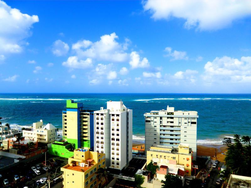 Spektakulärer Ausblick von unserer Meerblick-Suite im Best Western Plus auf Condado Beach