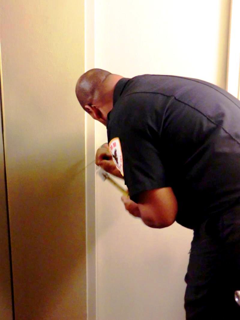Security-Einsatz mitten in der Nacht - das Badezimmer ließ sich nicht mehr öffnen