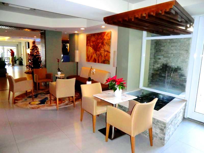 Lobby im Best Western Plus Condado Inn Palm and Suites in San Juan