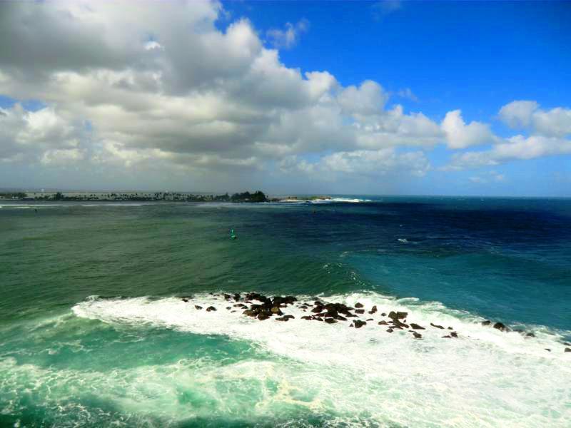 Die enge Hafeneinfahrt von San Juan als Tor zur Karibik