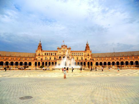 Der Plaza de Espana, für mich der beeindruckendste Ort in Sevilla