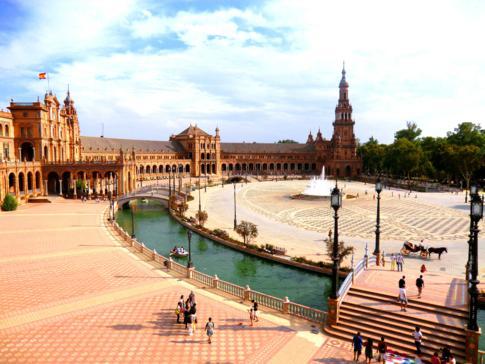 Tolle Atmosphäre und Stimmung am Plaza de Espana