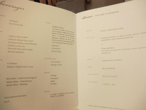 http://www.my-travelworld.de/wp-content/uploads/singapore_airlines_flug_003_menu.jpg