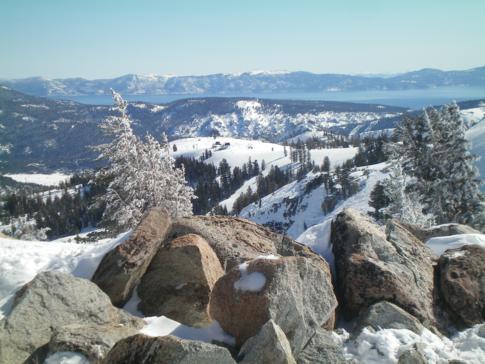 Ausblick vom Granite Chief auf den Lake Tahoe