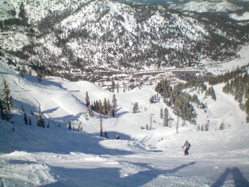 Die Abfahrt Womens Downhill am KT-22