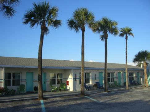 Außenansicht des Magic Beach Motel in St. Augustine
