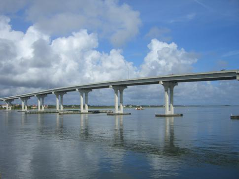 Die Francis and Mary Usina Bridge von Villano Beach nach St. Augustine