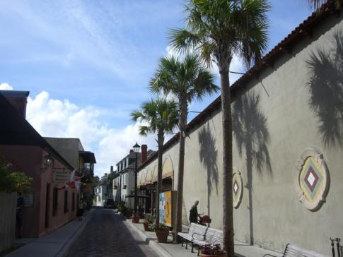 Die St. George Street in St. Augustine, die Fußgängerzone der Stadt