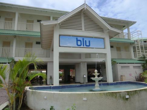 Der Eingang zum Hotel Blu in der Rodney Bay von St. Lucia