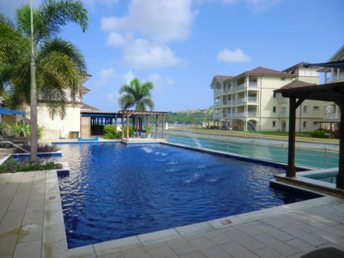 Einer der vier Pools im Landings, St. Lucia