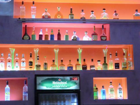 Das Delirius in der Rodney Bay, Szene-Bar seinesgleichen